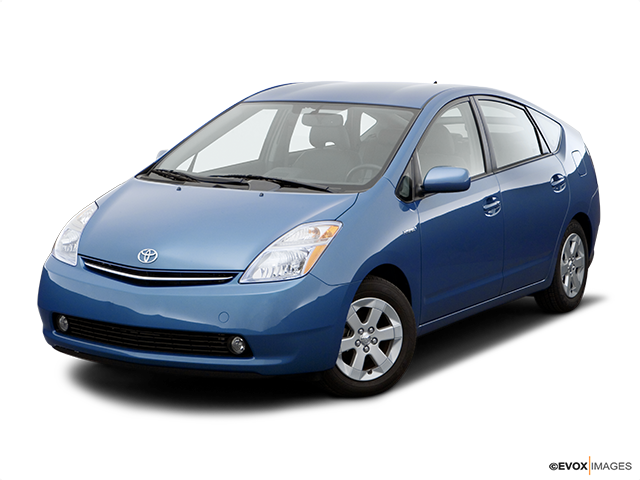 2007 Toyota Prius Front angle view