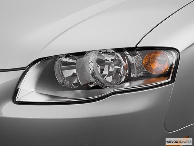 2008 Audi A4 Drivers Side Headlight