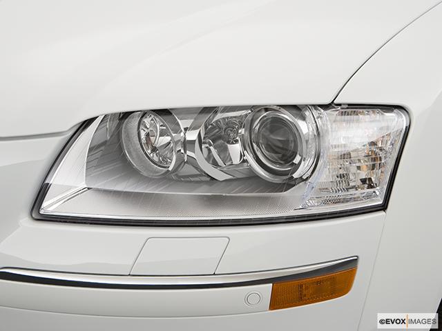 2008 Audi A8 Drivers Side Headlight