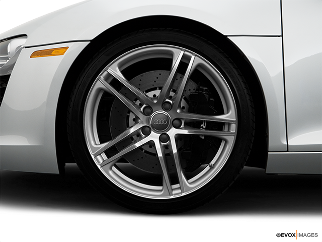 2008 Audi R8 Front Drivers side wheel at profile