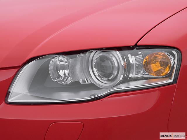 2008 Audi RS 4 Drivers Side Headlight