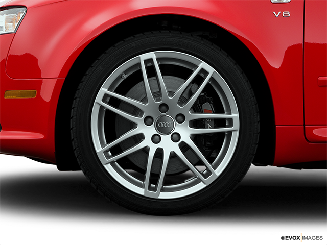 2008 Audi S4 Front Drivers side wheel at profile