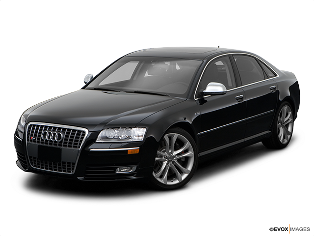 2008 Audi S8 Front angle view
