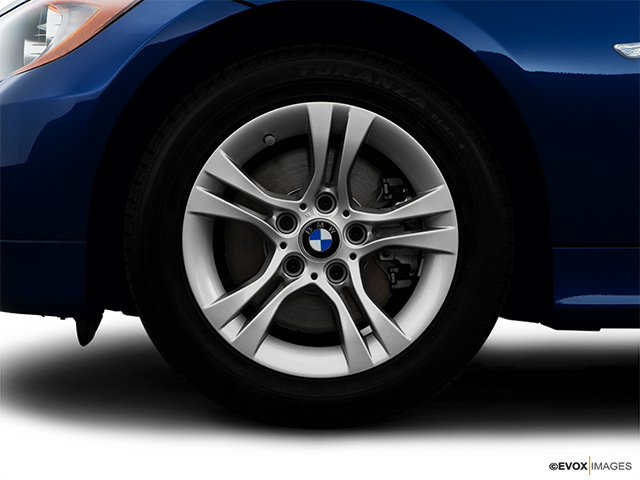 2008 BMW 3 Series Front Drivers side wheel at profile