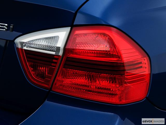2008 BMW 3 Series Passenger Side Taillight