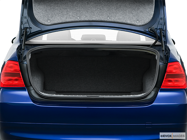2008 BMW 3 Series Trunk open