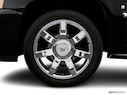 2008 Cadillac Escalade EXT Front Drivers side wheel at profile