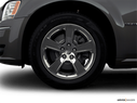 2008 Dodge Magnum Front Drivers side wheel at profile