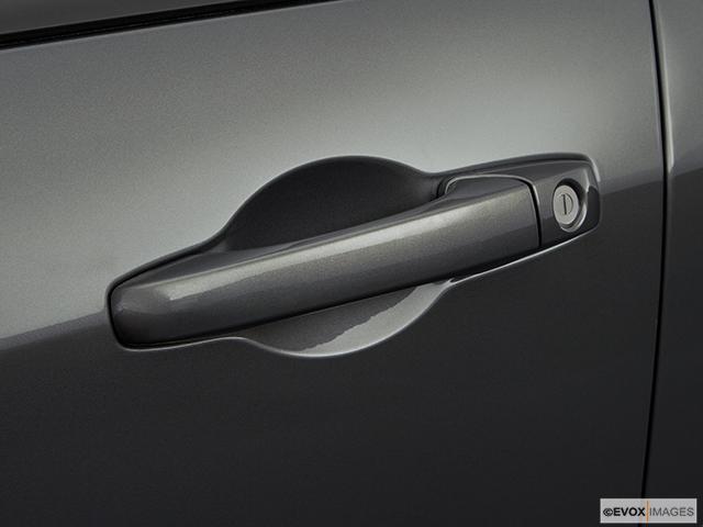 2008 Dodge Magnum Drivers Side Door handle
