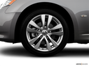 2008 INFINITI M45 Front Drivers side wheel at profile