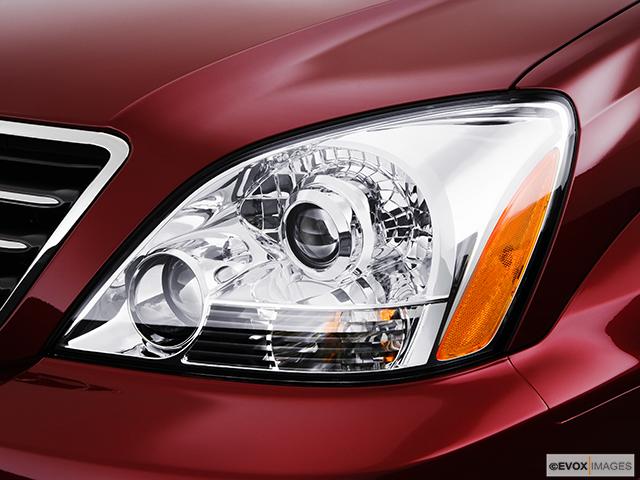 2008 Lexus GX 470 Drivers Side Headlight