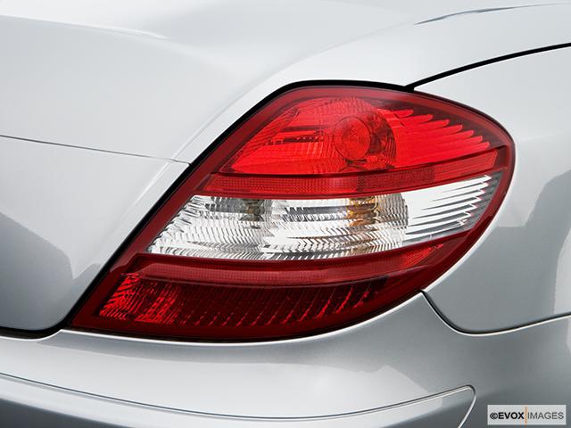 2008 Mercedes-Benz SLK Passenger Side Taillight