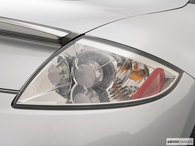 2008 Mitsubishi Eclipse Passenger Side Taillight