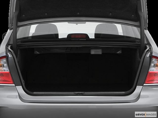 2008 Subaru Legacy Trunk open