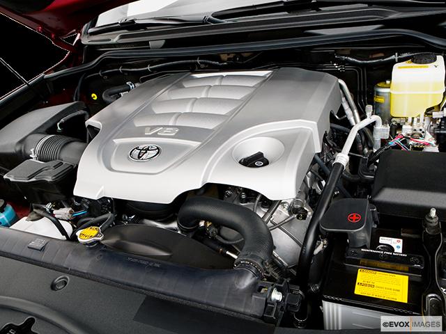 2008 Toyota Land Cruiser Engine