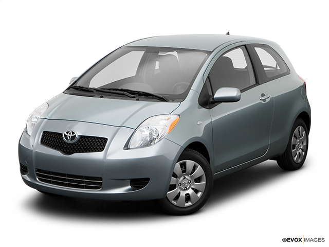 2008 Toyota Yaris Front angle view