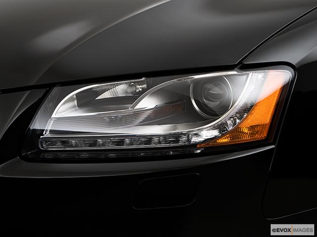 2009 Audi A5 Drivers Side Headlight