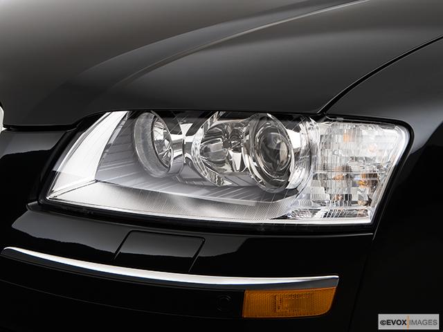 2009 Audi A8 Drivers Side Headlight