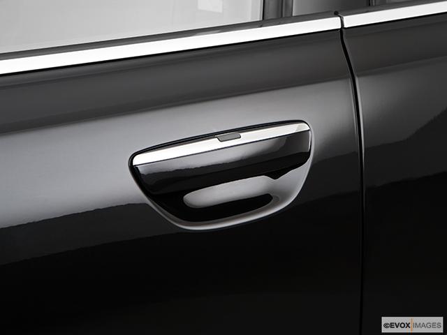 2009 Audi A8 Drivers Side Door handle
