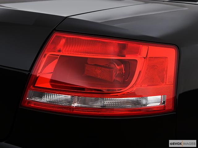 2009 Audi S4 Passenger Side Taillight