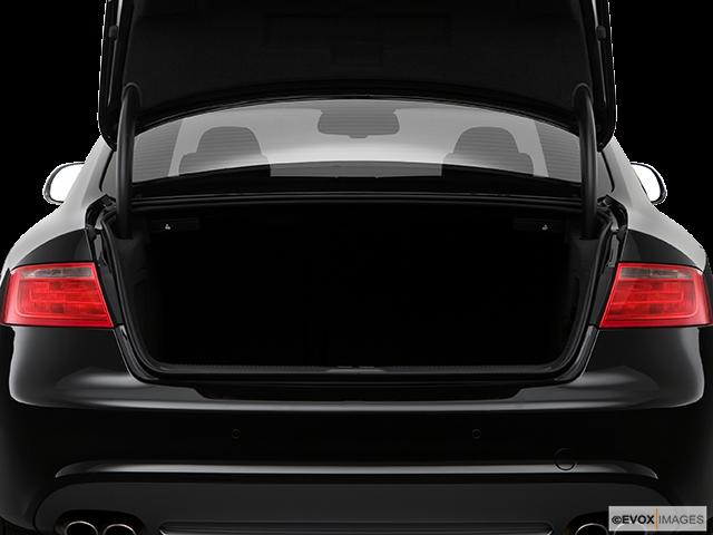 2009 Audi S5 Trunk open