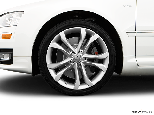 2009 Audi S8 Front Drivers side wheel at profile