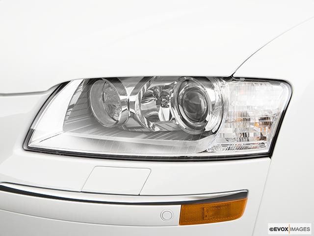 2009 Audi S8 Drivers Side Headlight