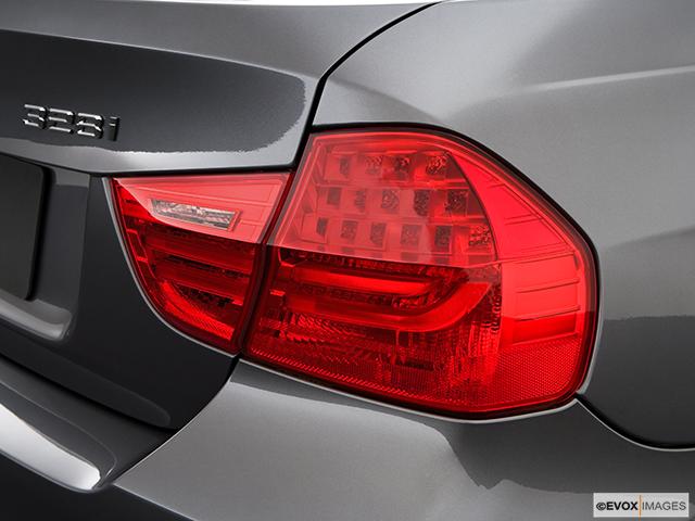 2009 BMW 3 Series Passenger Side Taillight