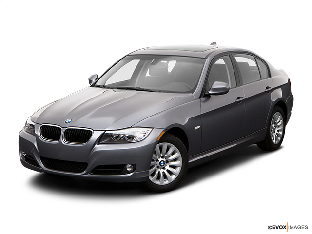 2009 BMW 3 Series Front angle view