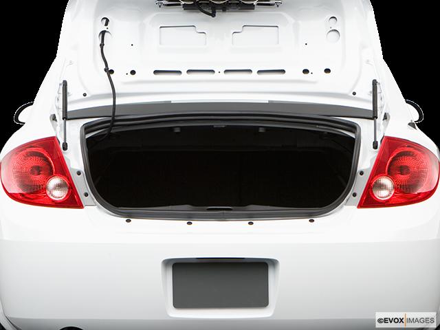2009 Chevrolet Cobalt Trunk open