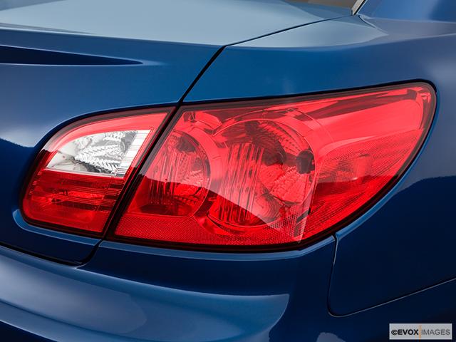 2009 Chrysler Sebring Passenger Side Taillight
