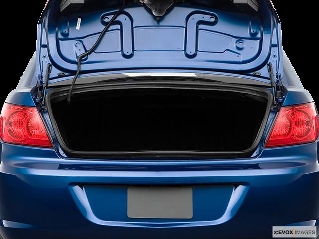 2009 Chrysler Sebring Trunk open