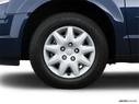 2009 Chrysler Town and Country Front Drivers side wheel at profile