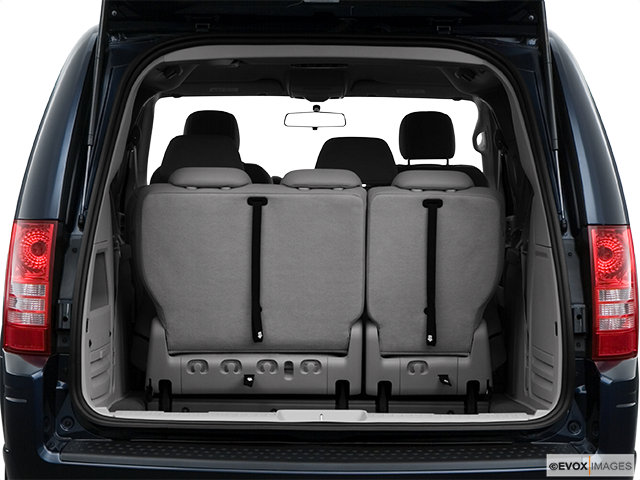 2009 Chrysler Town and Country Trunk open