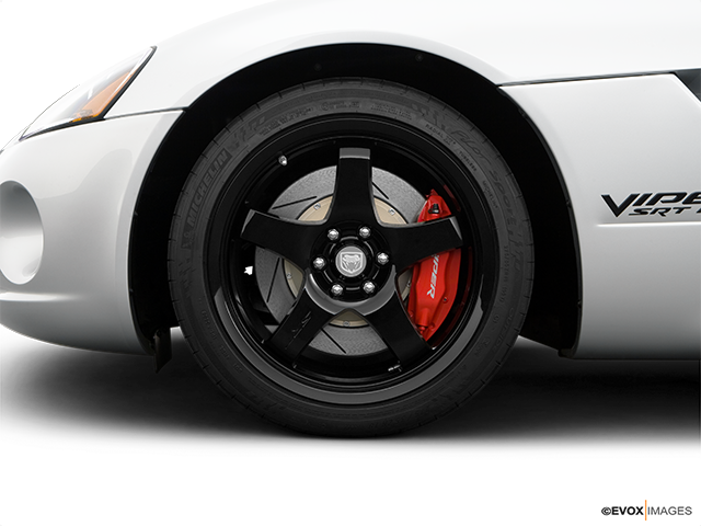 2009 Dodge Viper Front Drivers side wheel at profile