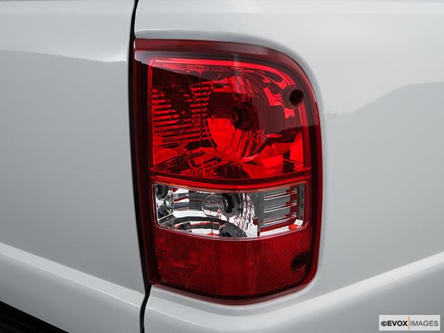 2009 Ford Ranger Passenger Side Taillight