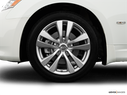 2009 INFINITI M45 Front Drivers side wheel at profile