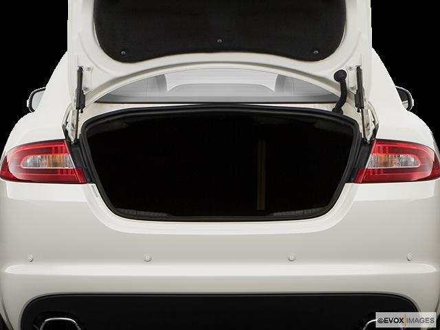 2009 Jaguar XF Trunk open