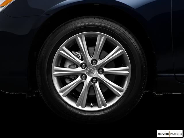 2009 Lexus ES 350 Front Drivers side wheel at profile