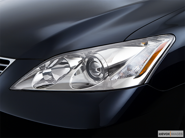 2009 Lexus ES 350 Drivers Side Headlight