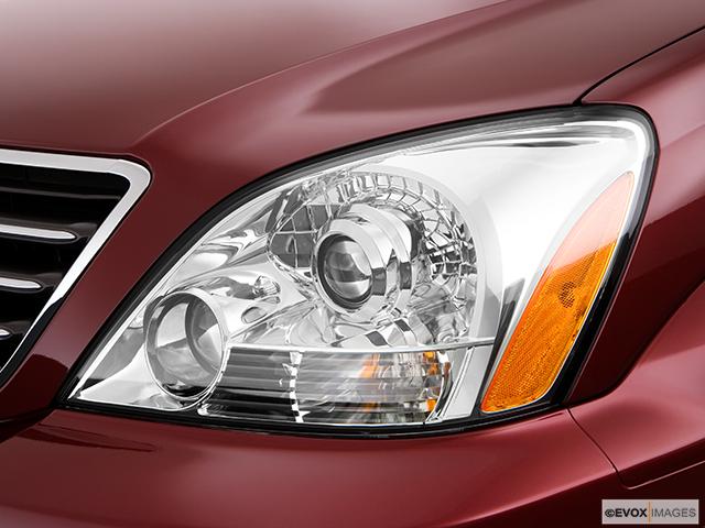 2009 Lexus GX 470 Drivers Side Headlight