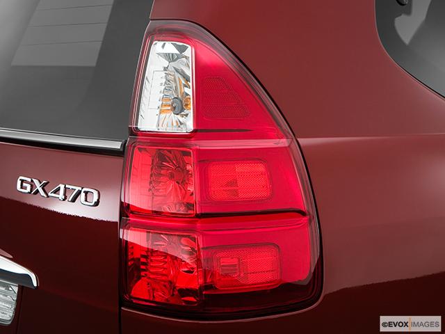 2009 Lexus GX 470 Passenger Side Taillight