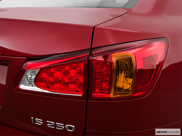 2009 Lexus IS 250 Passenger Side Taillight