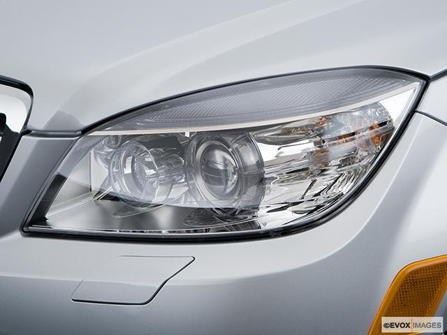 2009 Mercedes-Benz C-Class Drivers Side Headlight