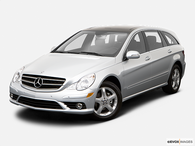 2009 Mercedes-Benz R-Class Front angle view