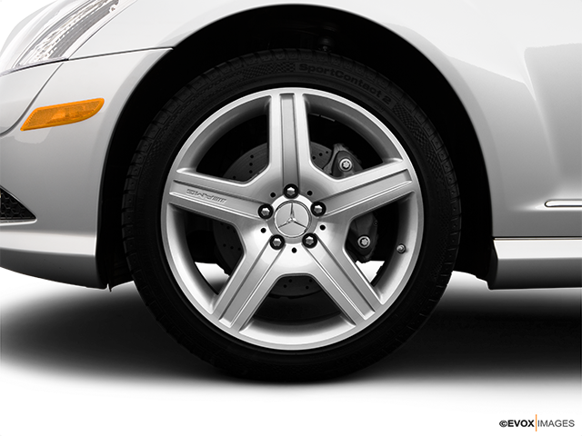 2009 Mercedes-Benz S-Class Front Drivers side wheel at profile