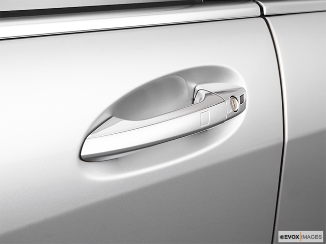 2009 Mercedes-Benz S-Class Drivers Side Door handle