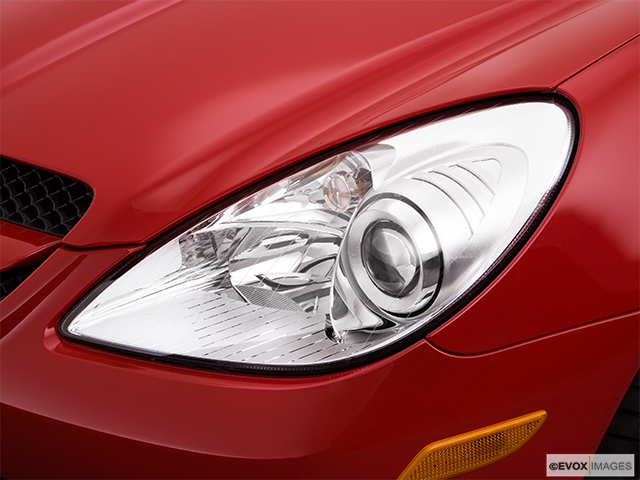2009 Mercedes-Benz SLK Drivers Side Headlight