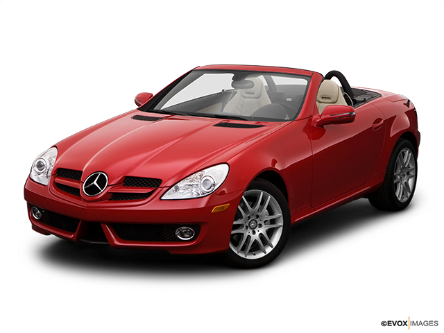 2009 Mercedes-Benz SLK Front angle view