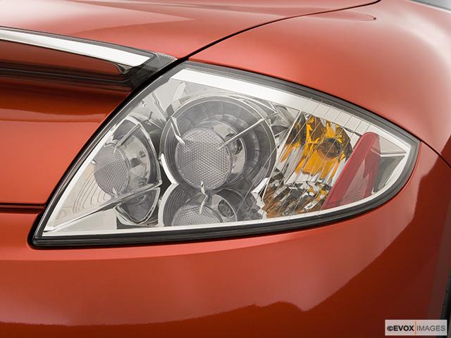 2009 Mitsubishi Eclipse Passenger Side Taillight